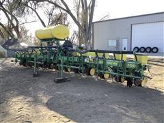 John Deere 7300 12R30 MaxEmerge 2 Planter