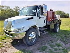 2004 International 4400 SA Service Utility Truck