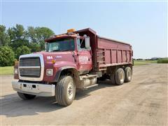 1994 Ford L9000 T/A Dump Truck