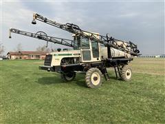 Willmar 6200 XPlorer 4WD Self-Propelled Sprayer