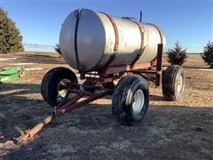 Dempster 1000 Gallon Tank