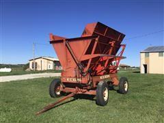 Gehl 9000HB Forage Dump Wagon