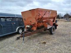 Oswalt 280H Feeder Wagon