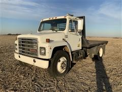 1982 International 1955 S/A Flatbed Truck