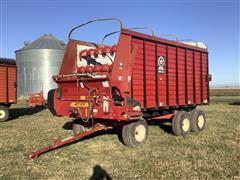 2006 Meyer 4516 Tri/A Forage Wagon