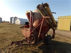 1971 New Holland Feed Grinder