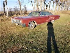 1967 Chrysler Three Hundred 2 Door Sedan (INOPERABLE)