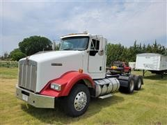 2007 Kenworth T800B T/A Truck Tractor