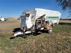 Henke 2379 Kwik Mixer Wagon