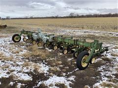 John Deere 825 S-Tine Row Crop Cultivater