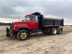 1998 Mack RD688S T/A Dump Truck