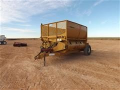 Haybuster 2800 Round Bale Processor
