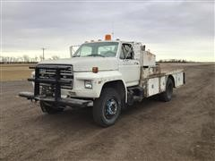 1980 Ford F700 2WD Service Truck