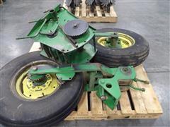 John Deere 1720 Mechanical Seed Transmission Drive Wheels & Hex Shafts