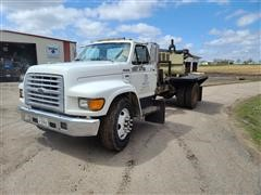 1998 Ford F700 Flatbed Truck