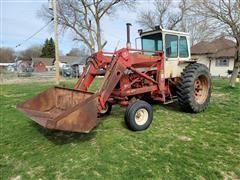 1971 International Farmall 856 2WD Tractor W/Loader & Bucket