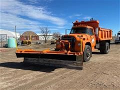 1978 International 1850 S/A Dump Truck W/Snow Plow