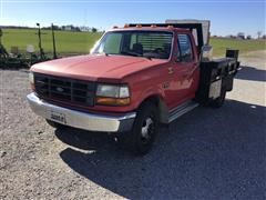 1993 Ford F350 2WD Flatbed Pickup