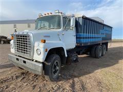 1976 Ford L8000 T/A Grain Truck