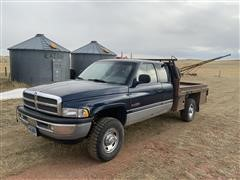 2001 Dodge RAM 2500 4x4 Extended Cab Flatbed Pickup