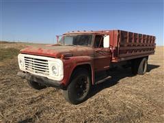 1969 Ford 750 Grain Truck