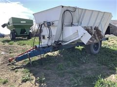 Harsh 400 Horizontal Mixer Wagon