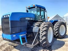 2002 Buhler Versatile 2425 4WD Tractor