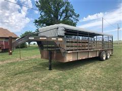 Dugan T/A Livestock Trailer