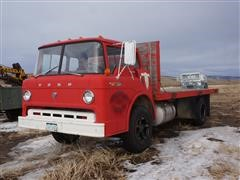 1968 Ford 700 2x4 S/A Cabover Flatbed Truck (INOPERABLE)