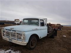 1962 Ford Custom Cab F350 Dually 2x4 Flatbed Pickup (INOPERABLE)