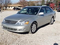 2000 Toyota Avalon XLS 4 Door Sedan Car