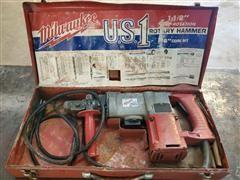 """Milwaukee Heavy Duty 1 1/2"""" Rotary Hammer"""