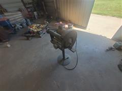 Dayton Grinding Wheel W/Stand