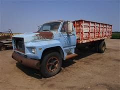 1980 Ford F700 S/A Grain Truck