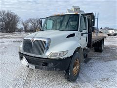 2002 International 4300 S/A Diesel Flatbed Truck