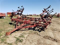 International 4500 Field Cultivator