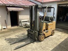Caterpillar T40B Forklift