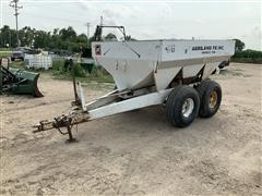 Willmar 600 Dry Spreader
