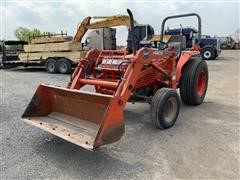 Kubota L2650 Compact Utility Tractor W/Loader