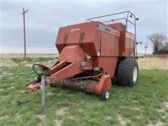 Hesston 4910 4X4 Big Square Baler