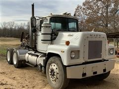 1977 Mack RS686LST T/A Truck Tractor