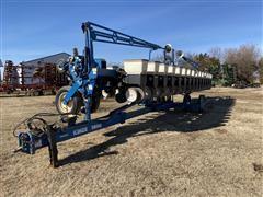 2006 Kinze 3600 16-31R Split Row Planter