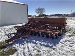 Tye 114-4360 15' Grain Drill W/No-Till Caddy