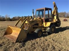 Case 780 2WD Loader Backhoe