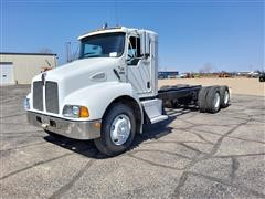 2004 Kenworth T 300 T/A Cab & Chassis Truck