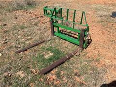 """Frontier 48"""" Adjustable Pallet Forks"""