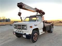 1987 GMC 7000 Sierra S/A Digger Truck