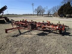 Minneapolis-Moline 22' Wing Fold Field Cultivator