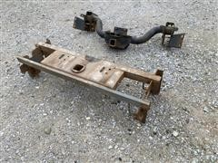 B&W Fifth Wheel Hitch And Receiver Hitch