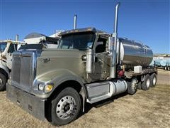 2003 International Eagle 9900i Tri/A Tanker Truck